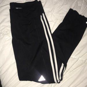 Adidas leggings✨